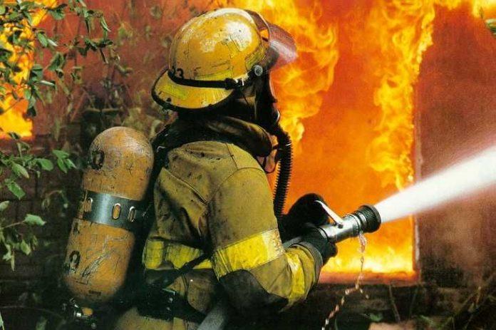 Пожар // фото: kz.troniks.kz