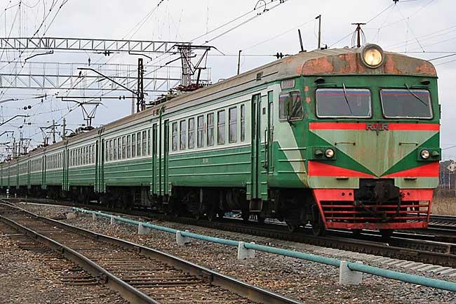 ВРостове-на-Дону поезд насмерть сбил студента внаушниках
