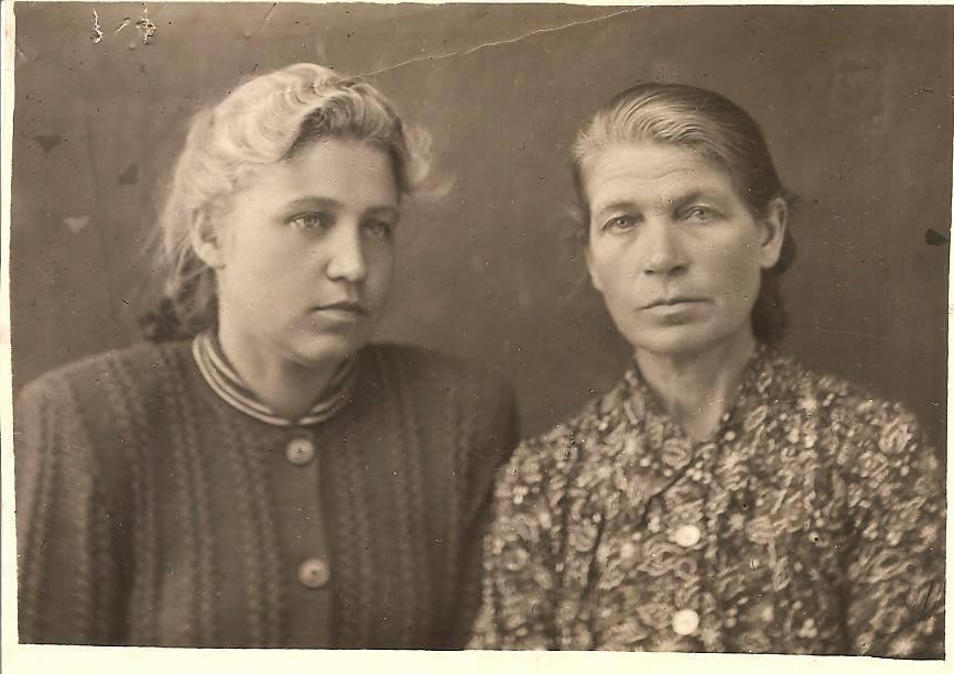 Ольга Волнушкина и Клавдия Мелентьева // Фото из личного архива Марины Китаевой