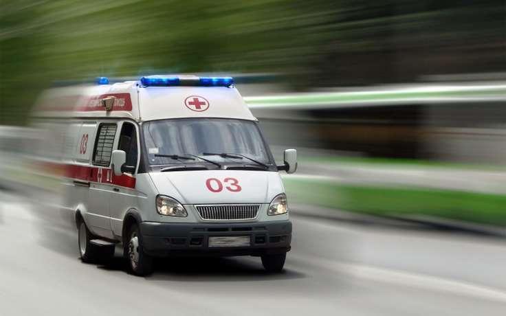 ВРостове «Ока» врезалась втрактор, пострадали двое