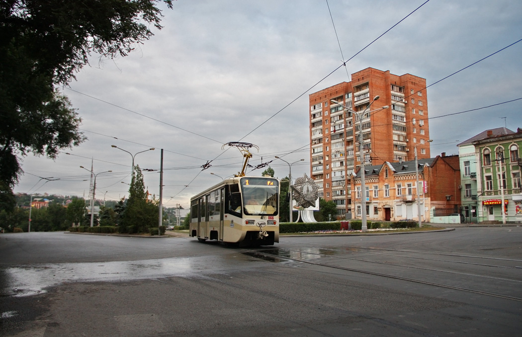 Судебные приставы вРостове задолги арестовали трамваи вПролетарском районе