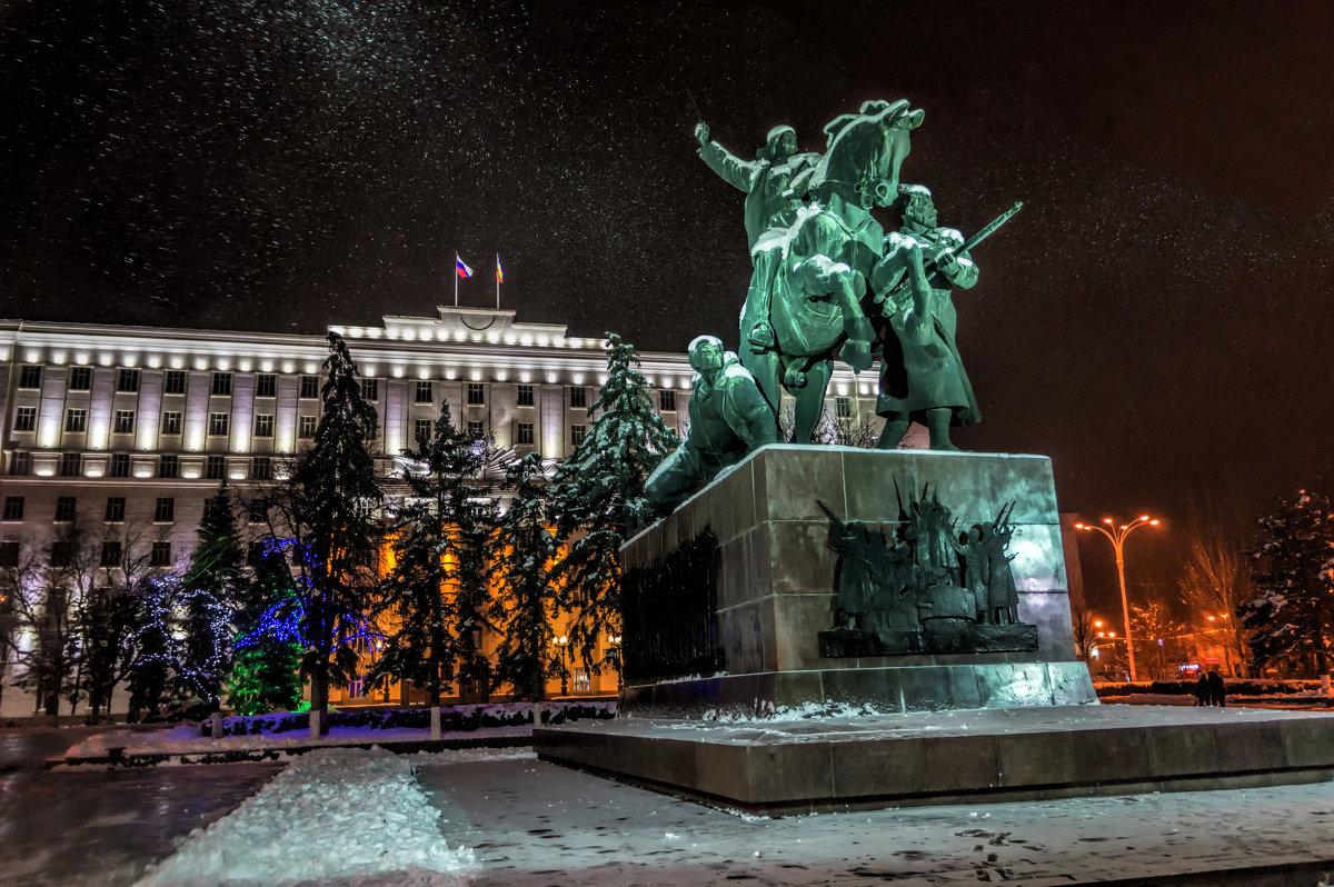 ВРостове наплитку наплощади Советов истратят 15, 7 млн. руб.