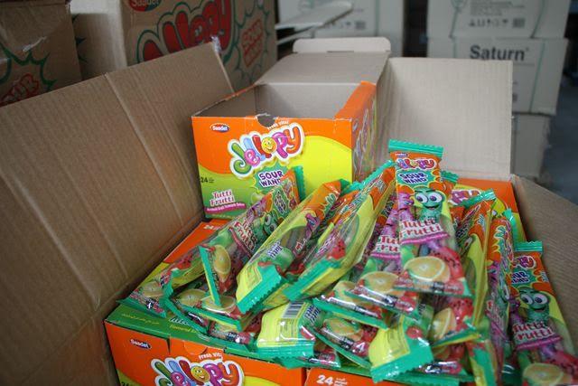 Ростовская таможня задержала неменее 28 тыс. контрафактных конфет «Тутти-фрутти»