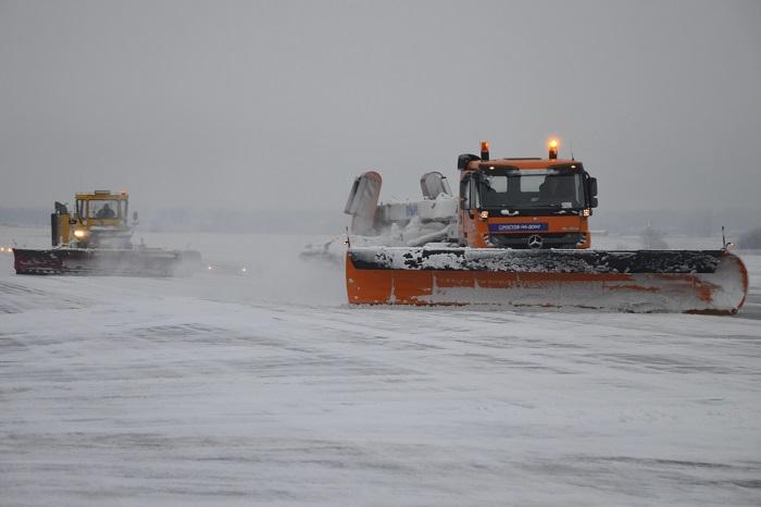 Несколько рейсов задерживаются свылетом изРостова из-за погоды