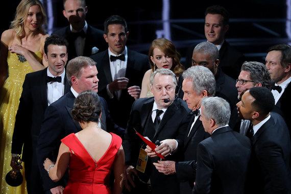 Обладателем «Оскара» как лучший фильм года стал «Лунный свет» режиссёра Барри Дженкинса