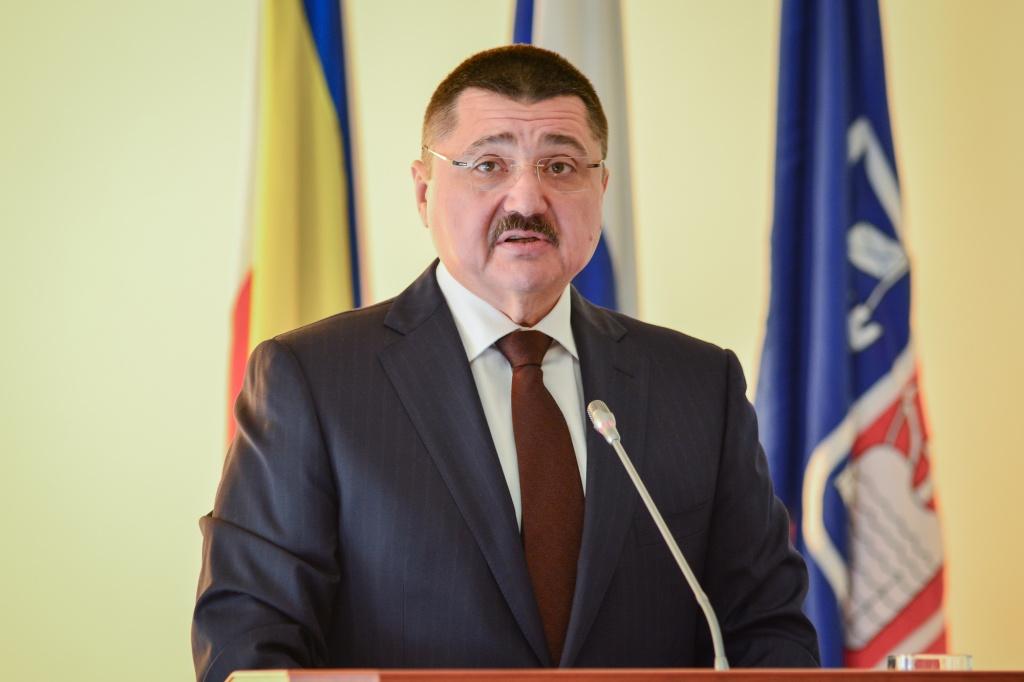 Руководитель администрации Ростова сократил основного казначея города