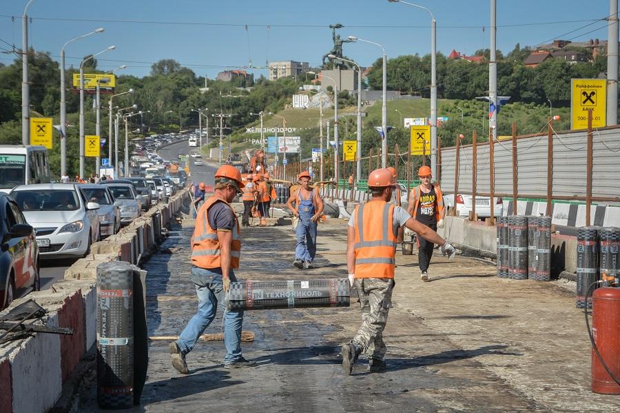 ВРостове 30июля откроют центральную часть моста Стачки