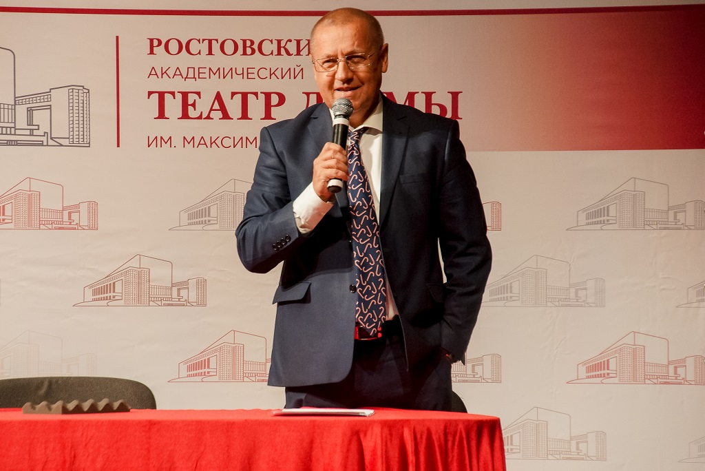 Худрук Ростовского театра Горького Пудин возвращается в столицу России