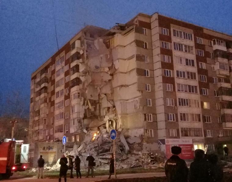 Число погибших  обрушения жилого дома вИжевске возросло  до 6-ти