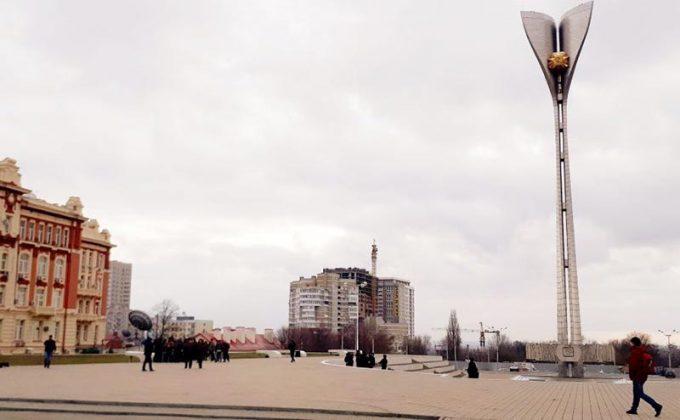 Площадь, где в Ростове-на-Дону проводился митинг по выдвижению Навального в президенты //Фото очевидца / Городской репортер