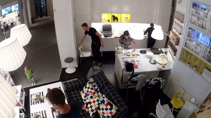 «вместокафе» IKEA //Фото с сайта livejournal.com