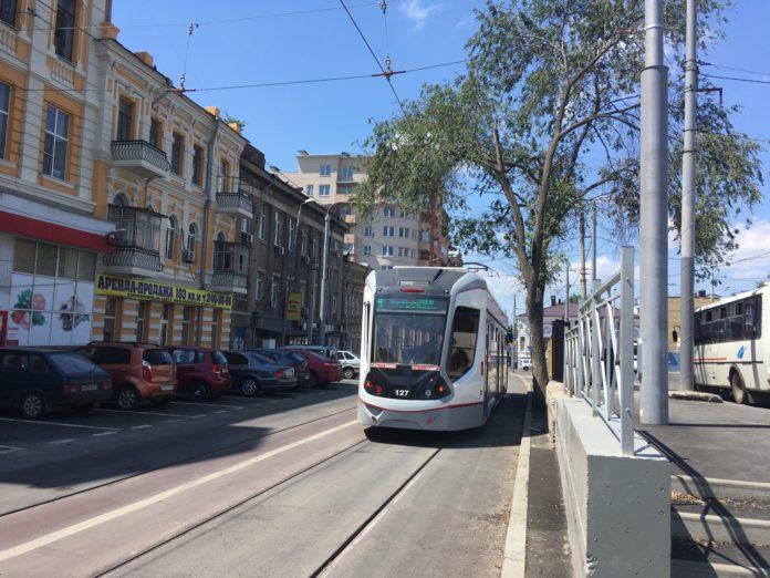 Трамвай на реконструированной ул. Станиславского //Фото из паблика