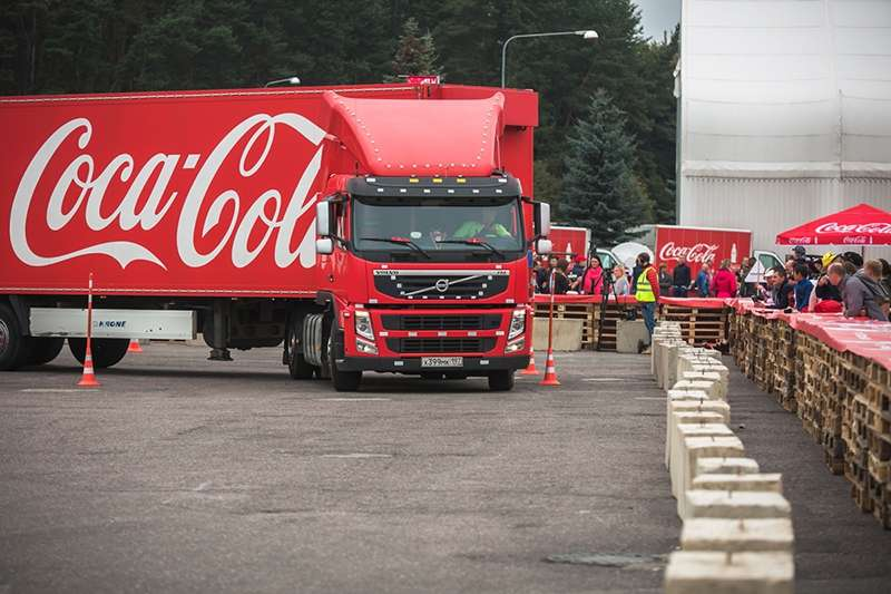 Чемпионат водительского мастерства Coca-Cola //Фото с сайта choiz.me