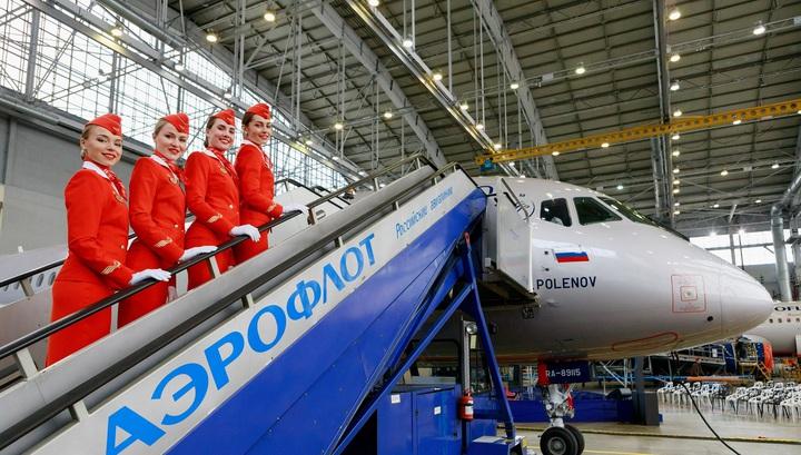 Передача самолета Superjet 100 с бортовым номером RA-89115 в компанию «Аэрофлот»