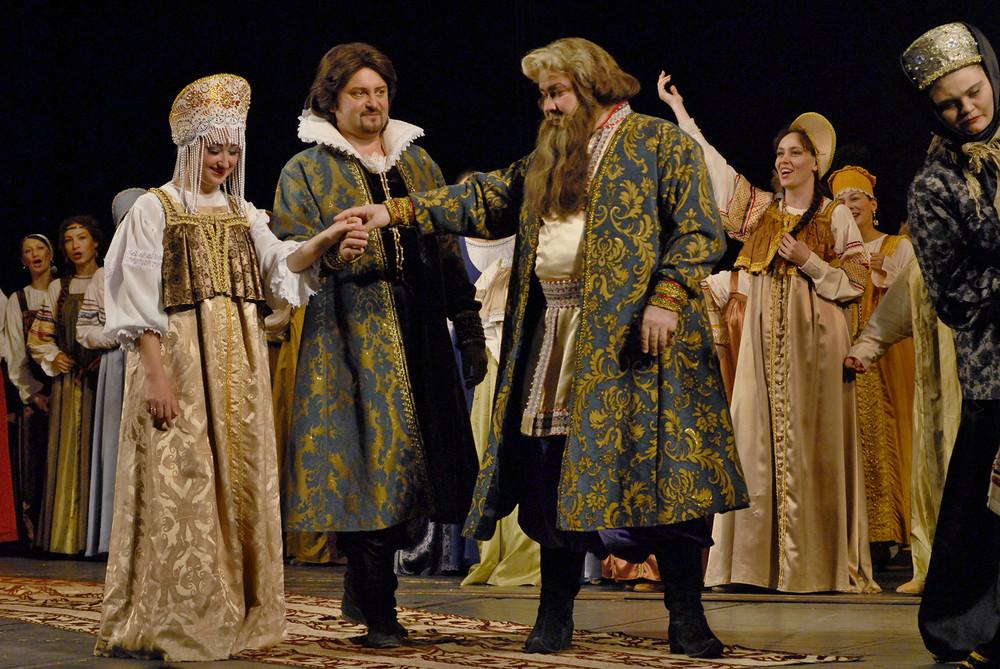 Эпизод оперы в 4-х действиях «Царская невеста» Ростовского музыкального театра //Фото с сайта РМТ