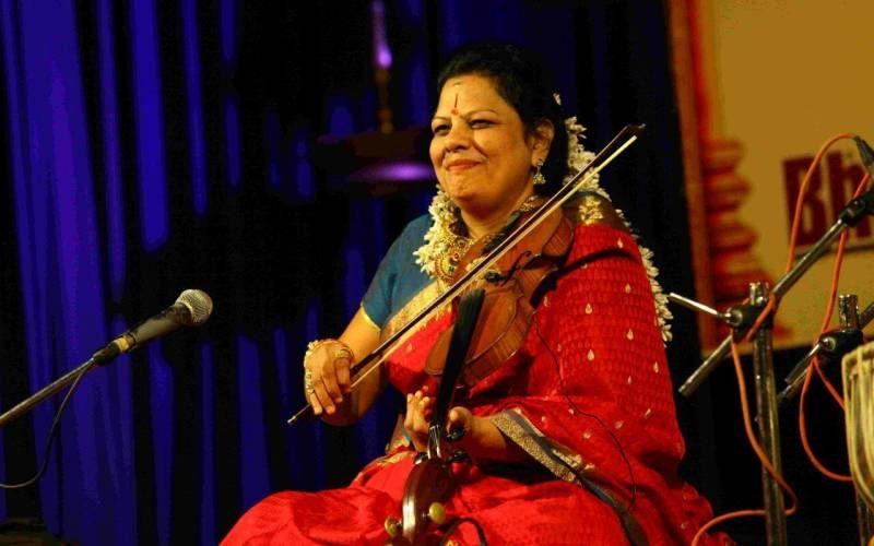 Скрипачка из Индии//Фото: сайт