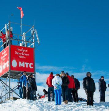 Базовая станция МТС на склоне Эльбруса на высоте 3888 метров //Фото: Татьяна Черникова