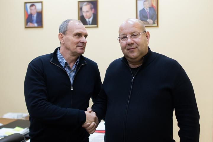 Виталий Кафанов вернулся в ФК