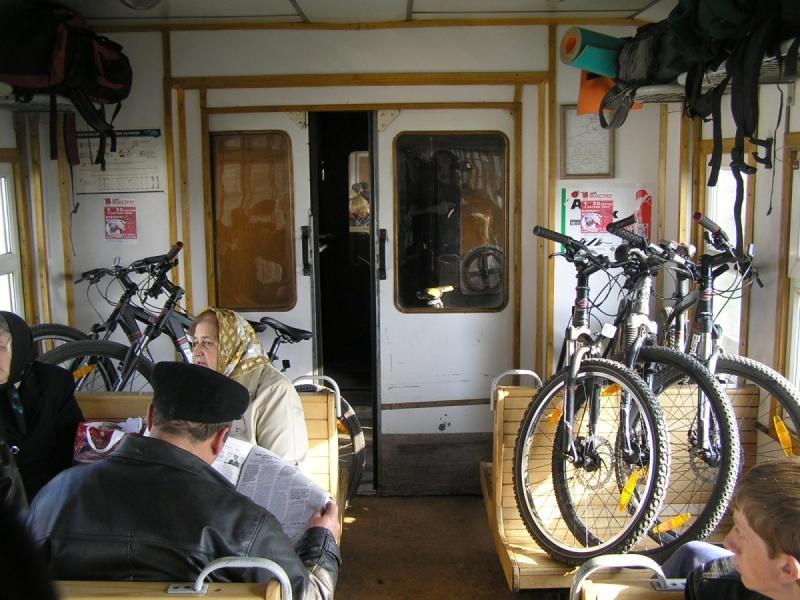 Велосипед в электричке//Фото: uabike.com