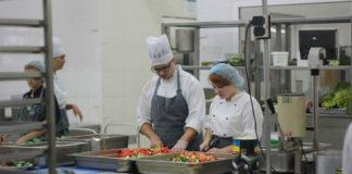 800 студентов Ростовской области работают сервисных отрядов на Черноморском побережье//Фото: ДСМ