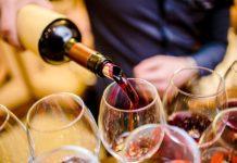 Вино//Фото: Комсомольская правда