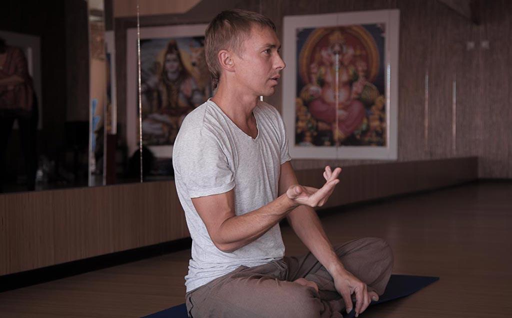 Александр Исаев, владелец студии йоги //Фото из профиля героя в соцсети ВК