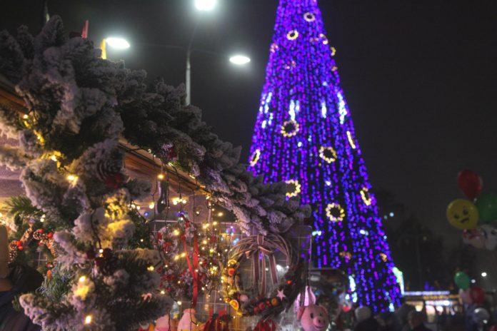 Новогодняя ярмарка в Ростове//Фото: Екатерина Мацкиева