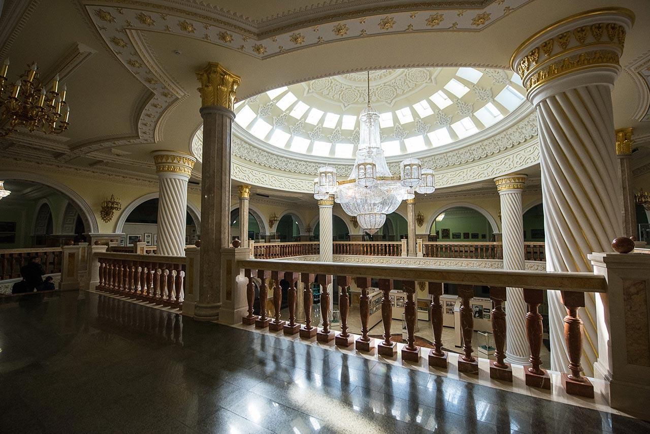 Внутреннее убранство музея поражает воображение //Фото: Елена Синеок