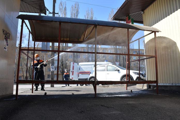 Дезинфекция улиц для предотвращения распространения коронавируса//Фото: пресс-служба ГКУ РО