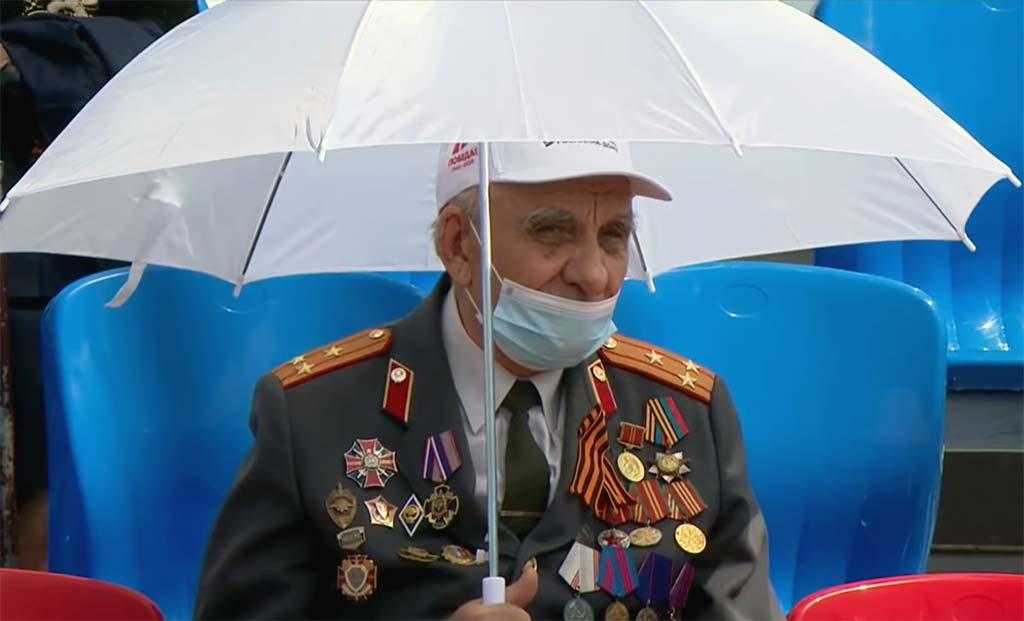 Как в Ростове прошл парад Победы 24 июня 2020 года //Скриншот трансляции парада в Ростове-на-Дону 24 июня 2020