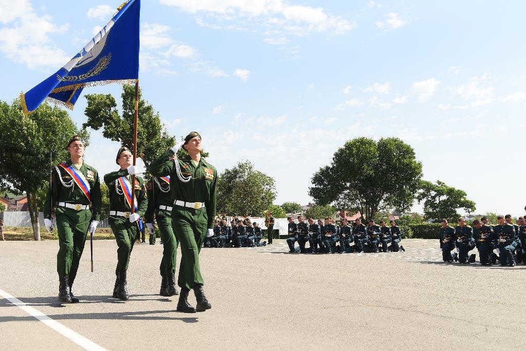 Торжественная церемония выпуска первых лейтенантов из военного учебного центра ДГТУ //Фото предоставлено пресс-службой ДГТУ