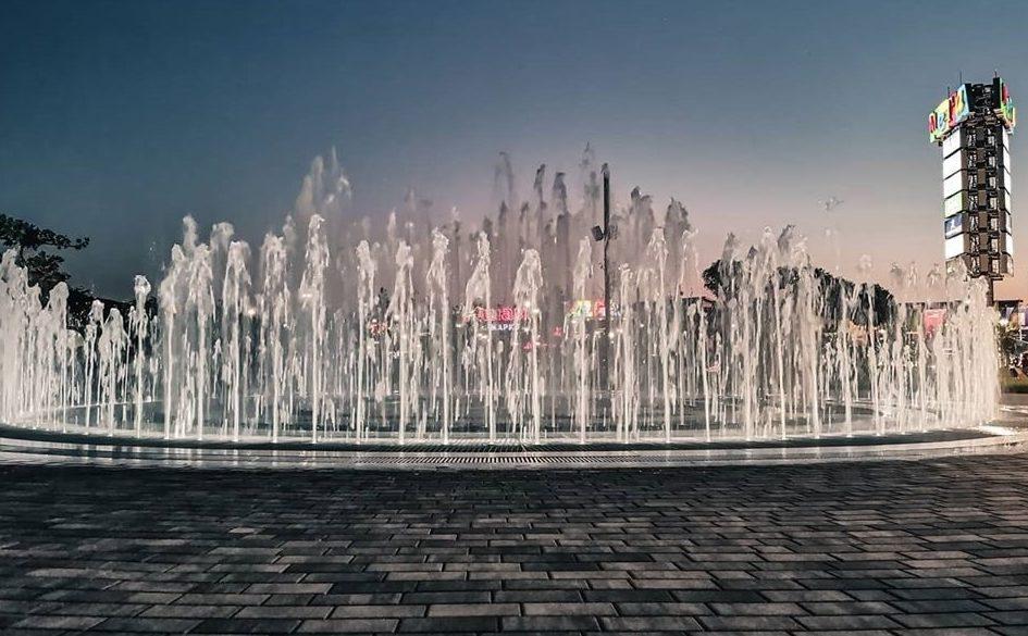 пляшущий фонтан в ростове фото группы серебро предложила