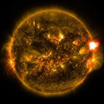 Вспышки на Солнце//Фото: Twitter