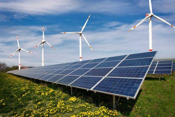 Солнечная и ветровая электростанции //Фото с сайта one-sun.ru